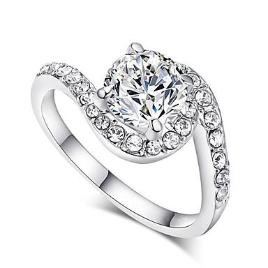 İfadeli Yüzükler Kristal imitasyon Pırlanta alaşım Klasik Mücevher Düğün Parti Günlük 1pc