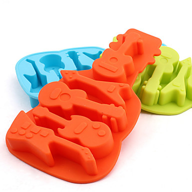 Guitar Shaped Silicone Baking Molds Ice/ Chocolate/ Cake Mold (Random Color)
