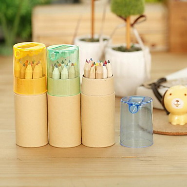 tambor de banda desenhada lápis de cor menina coelho bonito dos desenhos animados com apontador de lápis