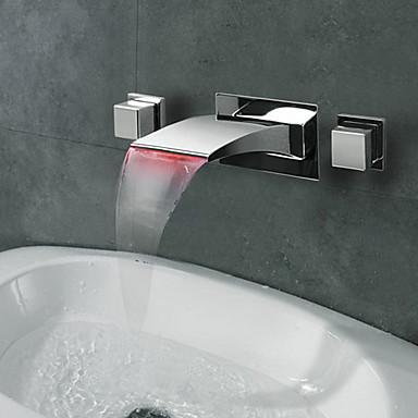 Çağdaş Duvara Monte Edilmiş Şelale LED with  Seramik Vana İki Kolları Üç Delik for  Krom , Banyo Lavabo Bataryası