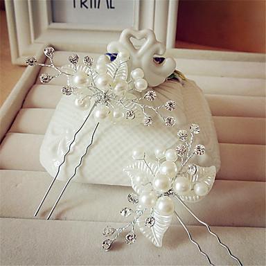 vlasy držet hlavu svatební party elegantní klasický ženský styl