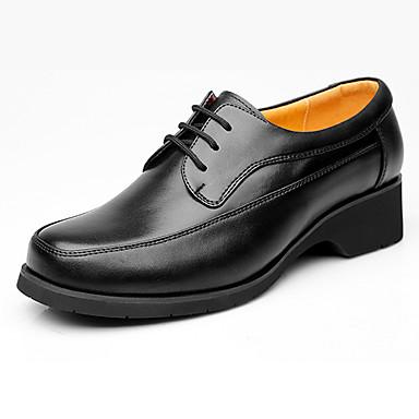 Homens sapatos Couro Primavera / Outono Sapatos formais Oxfords Preto
