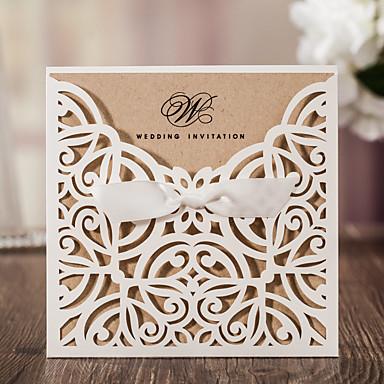 billige Bryllupsinvitasjoner-Sjal & Lomme Bryllupsinvitasjoner Invitasjonskort Klassisk Stil Mønsterpreget Papir