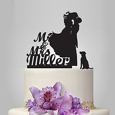 Cake Topper Classic Theme / Romance / Wedding Classic Couple Plastic Wedding / Anniversary with 1 pcs Poly Bag