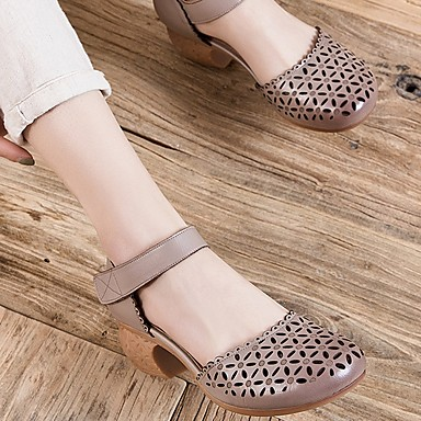 cheap New Arrivals-Women's Sandals Chunky Heel Round Toe Leather Summer White / Beige