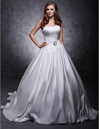נסיכה סטרפלס שובל כנסייה (צ'אפל) סאטן שמלת חתונה עם סרט כפתור סיכת פרח קריסטל על ידי LAN TING BRIDE®