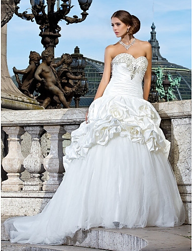 Ball Gown Sweetheart Chapel Train Taffeta And Tulle Wedding Dress