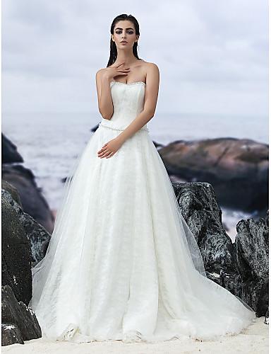 A-Şekilli Straplez Uzun Kuyruk Dantelalar Tül Düğün elbisesi ile tarafından LAN TING BRIDE®