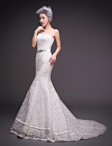 트럼펫 / 머메이드 원 숄더 코트 트레인 튤 사용자 정의 웨딩 드레스 와 비즈 으로