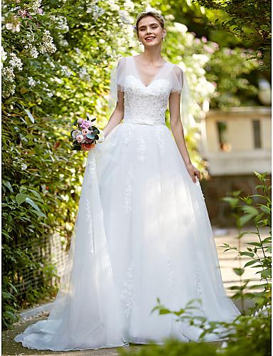 גזרת A צווארון V שובל סוויפ \ בראש טול שמלת חתונה עם אפליקציות על ידי LAN TING BRIDE®