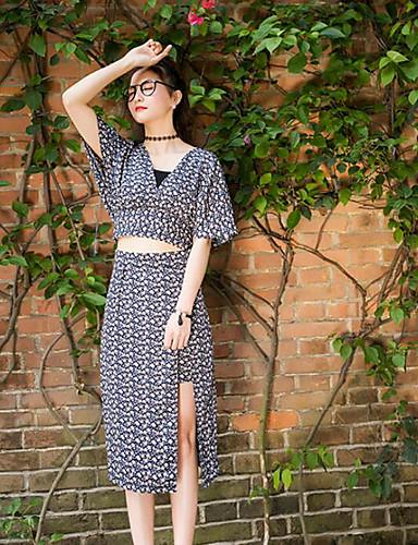 Kortermet,V-hals T-skjorte Skjørt Drakter Geometrisk mønster Sommer Moderne Daglig Avslappet Dame