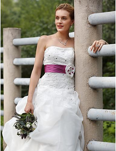 Báli ruha Pánt nélküli Seprő uszály Organza Taft Egyéni esküvői ruhák val vel Hosszú szoknya Selyemövek / Szalagok által LAN TING BRIDE®