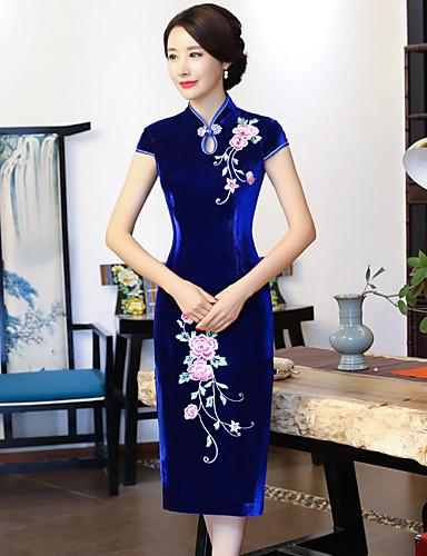 billige Etniske og kulturelle Kostymer-Voksen Dame Kinesisk Stil Cheongsam Til Club Uniformer 100% Karbon Fiber Midi Nytt År Maskerade Cheongsam