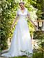 זול שמלות כלה-גזרת A צווארון V שובל סוויפ \ בראש טול שמלת חתונה עם אפליקציות על ידי LAN TING BRIDE®