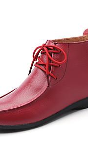 Naisten Nahka 봄 & Syksy / Syystalvi Vintage / Englantilainen Bootsit Kävely Tasapohja Pyöreä kärkinen Musta / Punainen