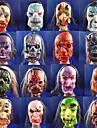 sproe flytte masken av terror med gummi ansiktet