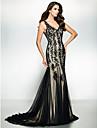Trompete / Meerjungfrau V-Ausschnitt Pinsel Schleppe Tuell Formeller Abend / Gala Kleid mit Applikationen durch TS Couture®