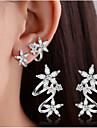 Pentru femei Cercei Stud Cercei cu Clip Cristal imitație de diamant Design Basic Strat dublu costum de bijuterii Plastic Heart Shape