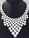 Pentru femei Guler Imitație de Perle Round Shape Aliaj La modă Euramerican Alb Bijuterii Pentru Petrecere Zi de Naștere Zilnic 1 buc