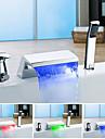 Schimbare Culoare Modern Vană și Duș Cascadă Multi-umbră Valvă Ceramică Singur mâner trei găuri Crom , Robinete de Vană
