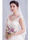 Voal de Nuntă Două Straturi Voaluri Lungi Până la Cot Margine cu Aplicație de Dantelă Tulle